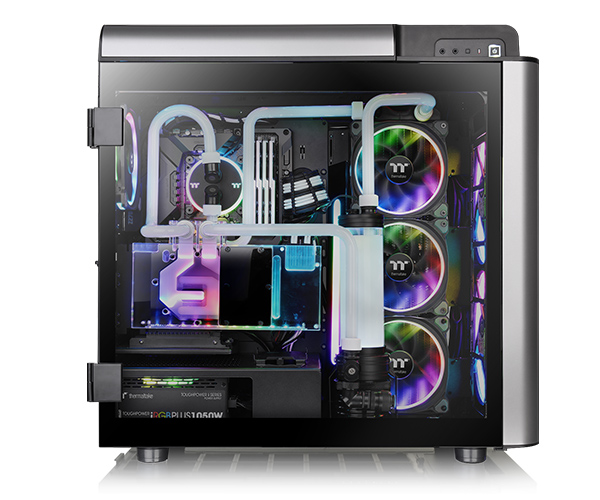 1ba31dfe55e *Two 200mm Riing Plus 20 RGB fans and one 140mm Riing Plus 14 RGB fan are  included.